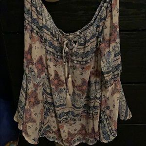Pretty blouse with bell sleeves!